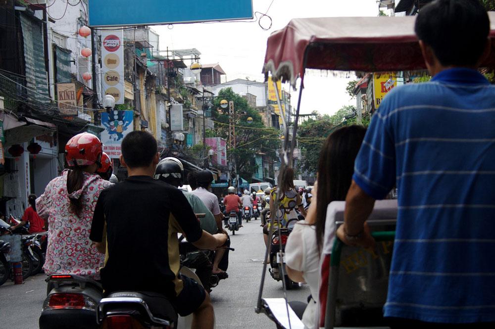 Dans les rues d'Hanoi, la capitale du Vietnam