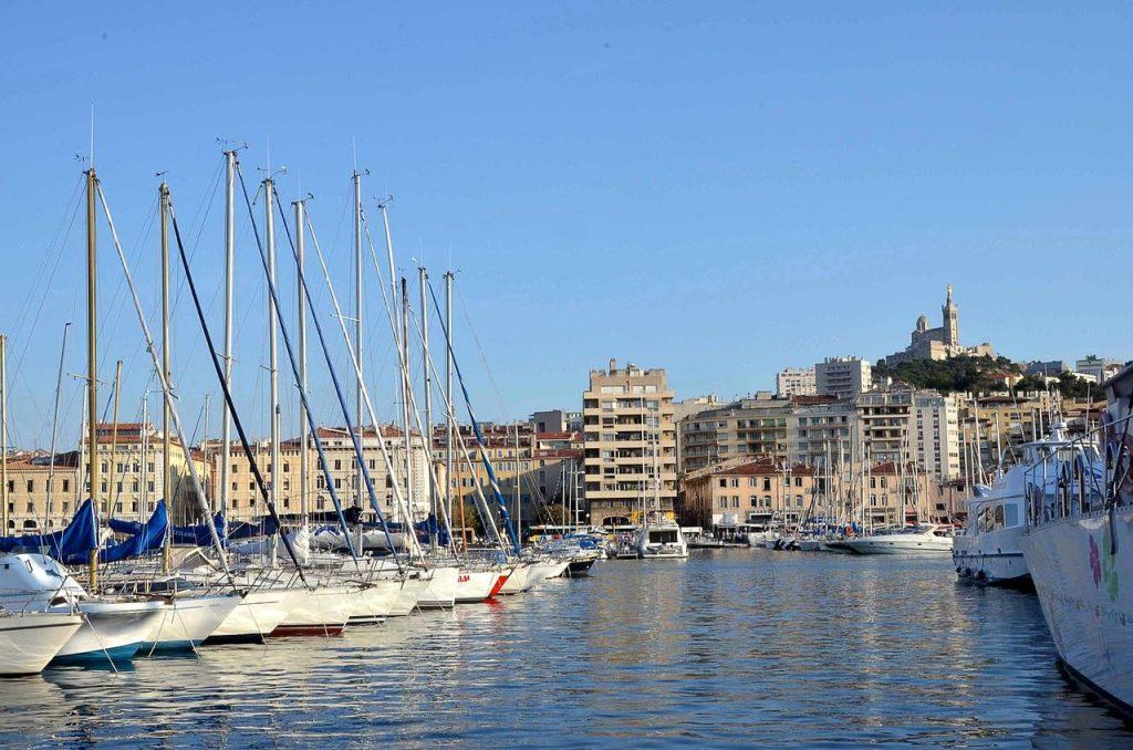 Le Vieux Port, incontournable lors d'un week-end à Marseille.