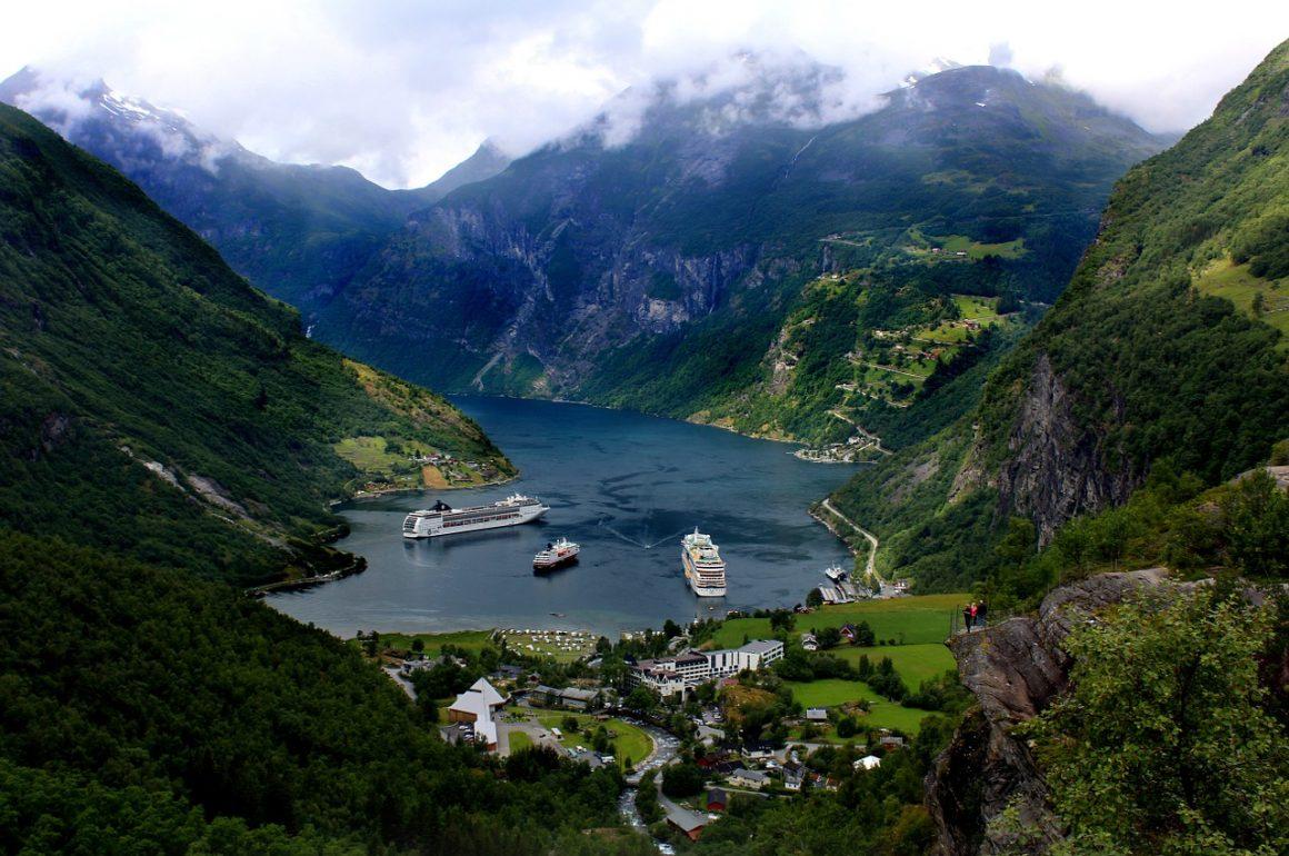 Sur la route Trollstigen Geiranger en Norvège